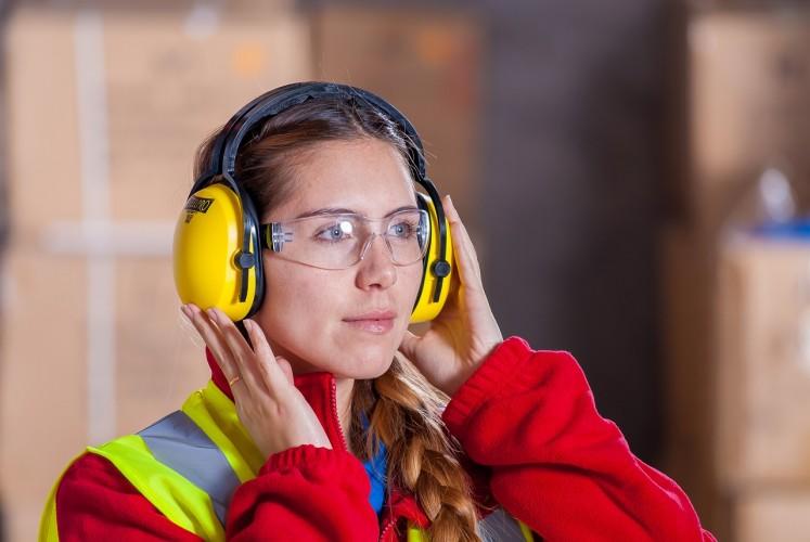 Как сделать работу сотрудников безопасной?